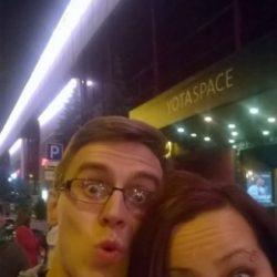 Пара из Москвы ищет девушку для секса в формате жмж