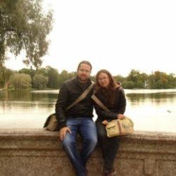 Молодая пара ищет девушку для секса жмж с элементами БДСМ в Липецке