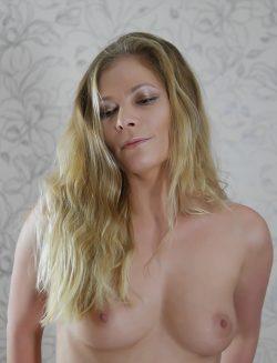 Красивая девушка из Москвы хочет секса сегодня